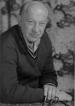 Евгений Евстигнеев (Evgenii Evstigneev)