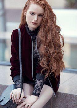 Мэделин Петш (Madelaine Petsch)
