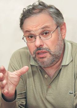 Михаил Хазин (Mikhail Khazin)