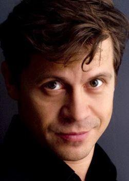 Павел Деревянко (Pavel Derevyanko)